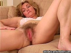 bush Pussy, Hairy Cougar, nude Mature Women, Huge Bush
