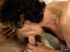 Granny Cougar, Old Grandma Fuck, Amateur Hard Fuck, Hardcore, Amateur Teen Perfect Body, Cowgirl Orgasm