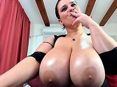 Perfect Tits, Nice Titties, Brunette, 720p, Amateur Milf Perfect Body, Boobs