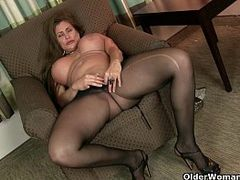 Sexy Cougar, 720p, Hot MILF, Hot Pants, mature Nude Women, m.i.l.f, Nylon, Pantyhose, Tight, Yoga, Yoga Pants, Old Grannie, Mom Anal, Perfect Body